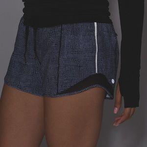 """EUC Lululemon Hotty Hot Short (Long 4"""")"""